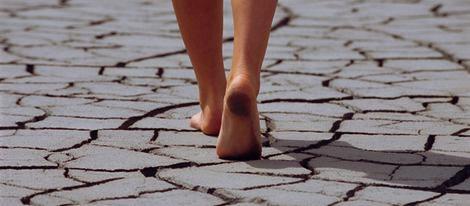 pies secos o agrietados
