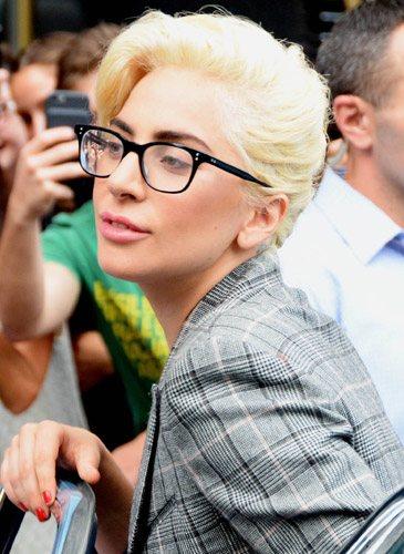 Lady Gaga, saliendo de un coche en Nuva York