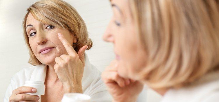Con vaselina líquida podemos hacer una potente mascarilla nutritiva