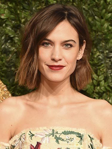 Alexa Chung, en los Premios British Fashion 2015