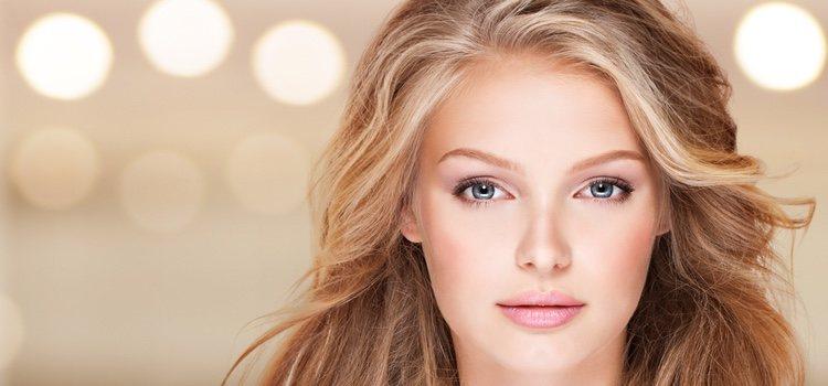 Para mantener un cabello hidratado con tus reflejos rubios la keratina será tu mejor aliada