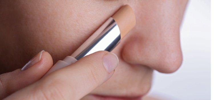 Los polvos compactos son mejor para las pieles maduras