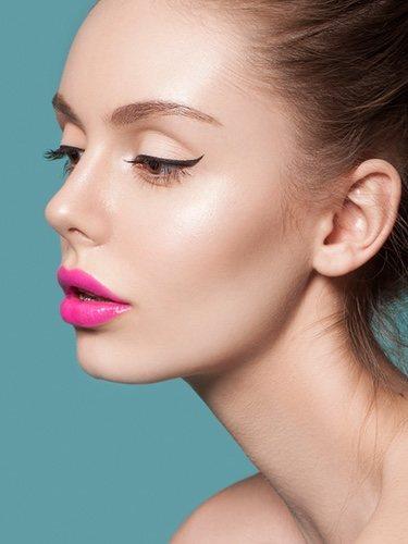 Los labiales de colores llamativos son perectos para el verano