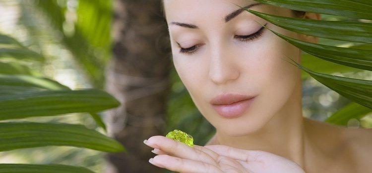 El aloe vera tiene propiedades que elimina las manchas de la piel