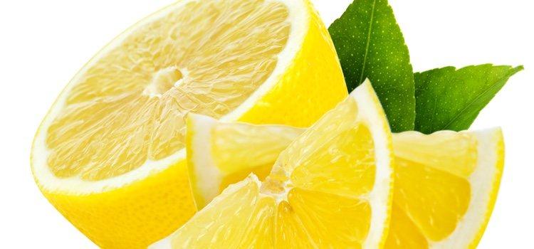El limón es uno de los alimentos que más poder aclaran tienen