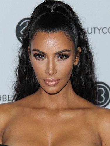 Kim Kardashian, con una coleta alta