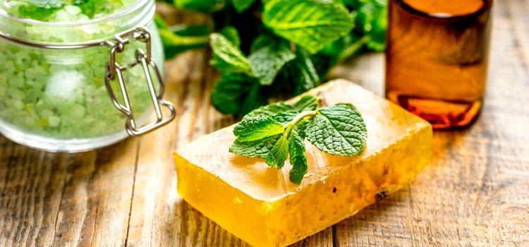 La glicerina aporta suavidad e hidratación a nuestra piel