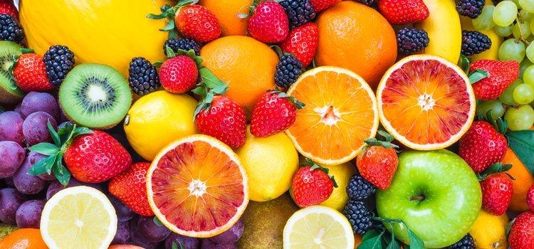 Añadir frutas a esta dieta ayudará a que perdamos peso
