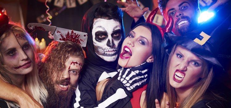 Durante la celebración de Halloween es común ver gran cantidad de diferentes disfraces
