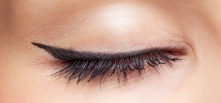 El maquillaje de los ojos debe aportar luz y vitalidad con un buen eyeliner y corrector