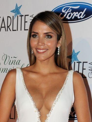 Rosanna Zanetti luce un liso perfecto