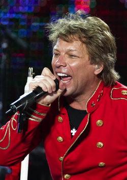 Bon Jovi se estrena como imagen de los perfumes de Avon