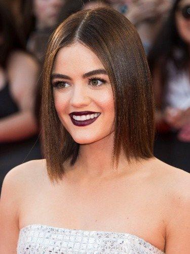 El glass hair, el peinado clásico de Lucy Hale