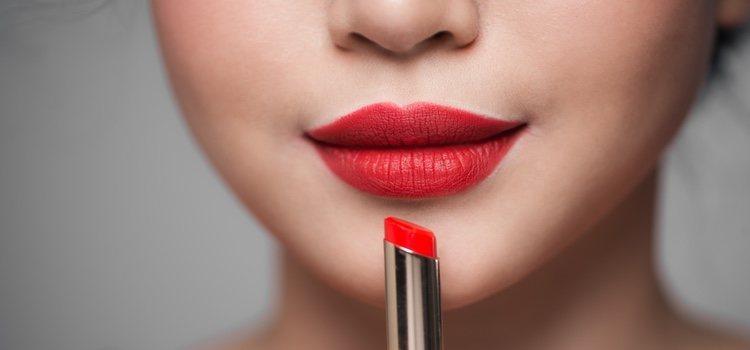 El color de labial que más triunfa en Navidad es el rojo