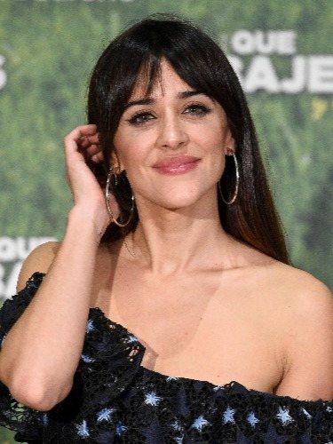 Macarena García luce un flequillo cortina con una melena ultralisa