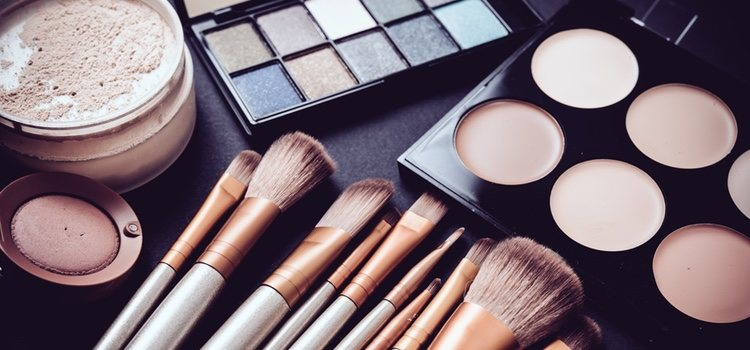 Un problema puede ser debido a que no tenemos una buena organización de nuestros productos de maquillaje