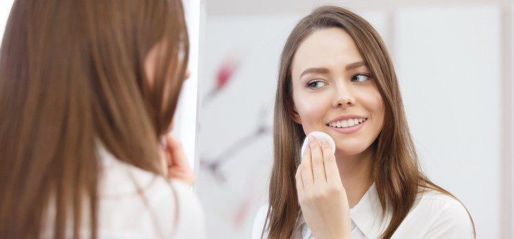 La hidratación, higiene y limpieza facial son fundamentales para tener una buen piel