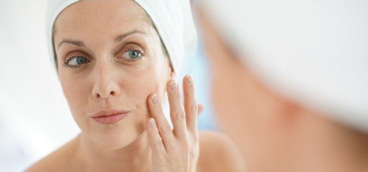 Un maquillaje utilizando productos que ayuden y favorezcan a tu piel son la mejor elección