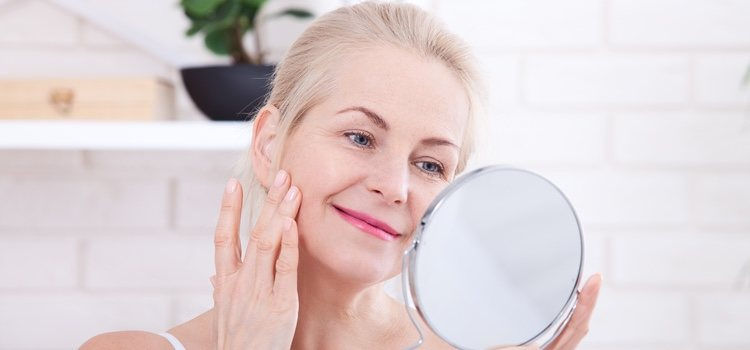 El maquillaje en crema favorece mucho a estas pieles