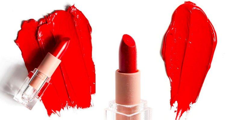 'Classic Red Crème Lipstick', la primera barra de labios en rojo verdadero de KKW Beauty