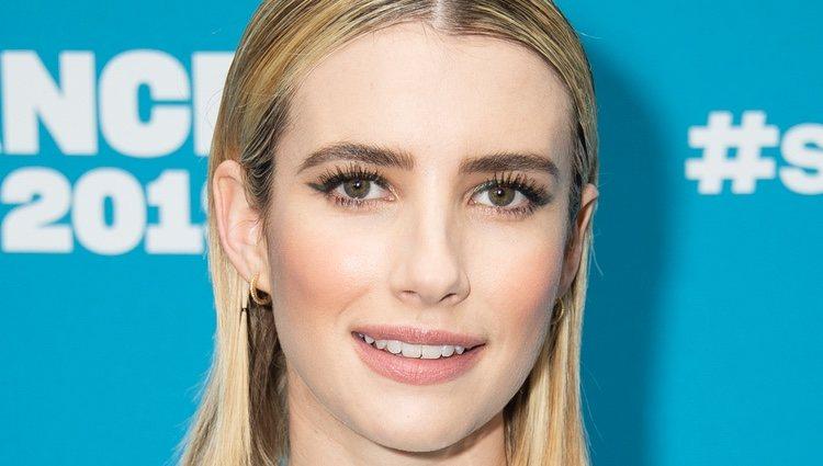 El beauty look más anegelical de Emma Roberts