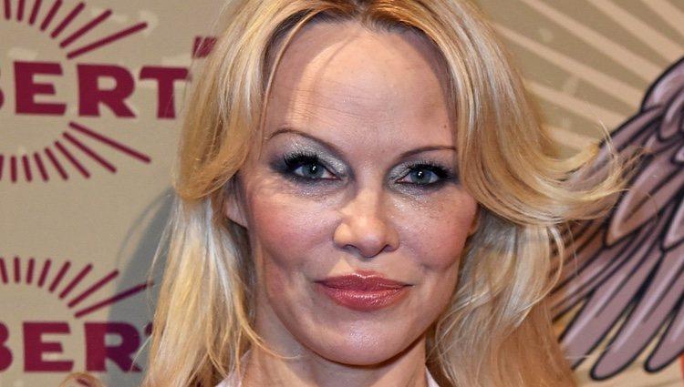 Pamela Anderson muy poco discreta