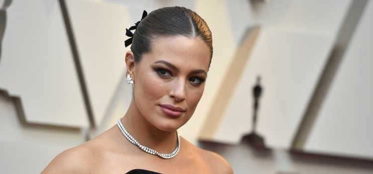 Ashley Graham en la entrega de los Premiso Oscar 2019