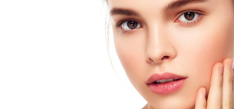 Es importante tener la piel hidratada para que se vea más jugosa