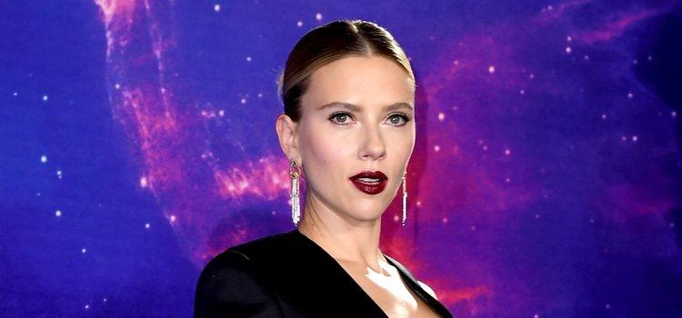 Scarlett Johansson con un beuty look muy sexy