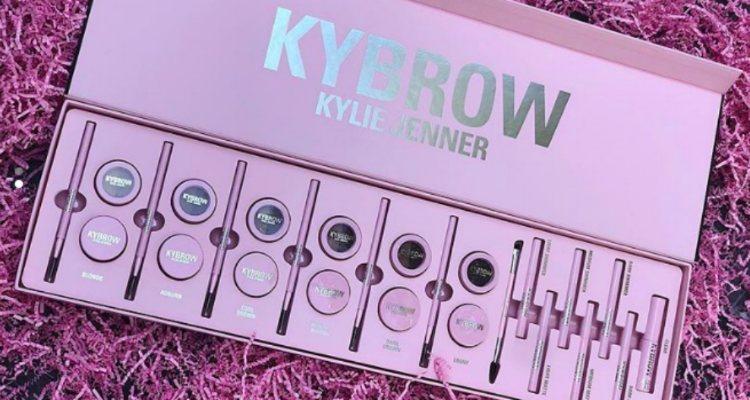 El pack completo con todos los productos de 'Kybrow', la nueva colección de Kylie Cosmetics | Instagram @kyliejenner