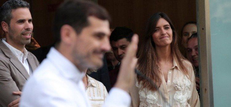 La presentadora Sara Carbonero junto a su marido Iker Casillas