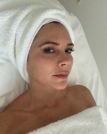 Victoria Beckham comparte su rutina de belleza en redes sociales |Instagram