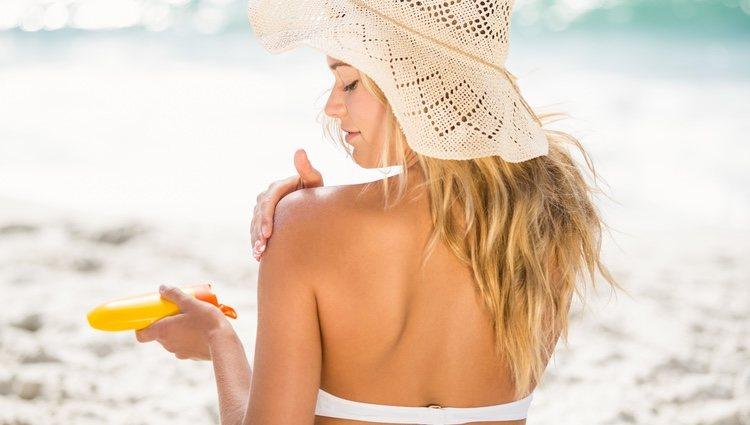 Es fundamental aplicarte el protector solar correcto para tu piel