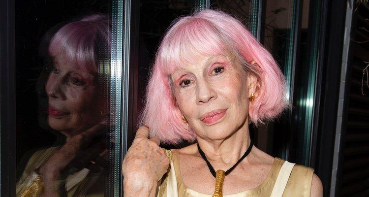 Marie Beltrami y el corte bob rosa más famoso de la escena de la moda en París y en todo el mundo