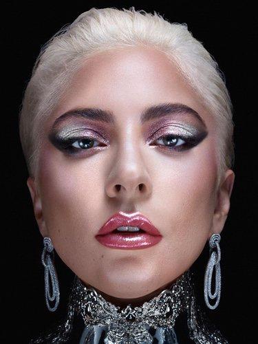 Lady Gaga lanza su marca de maquillaje Haus Laboratories