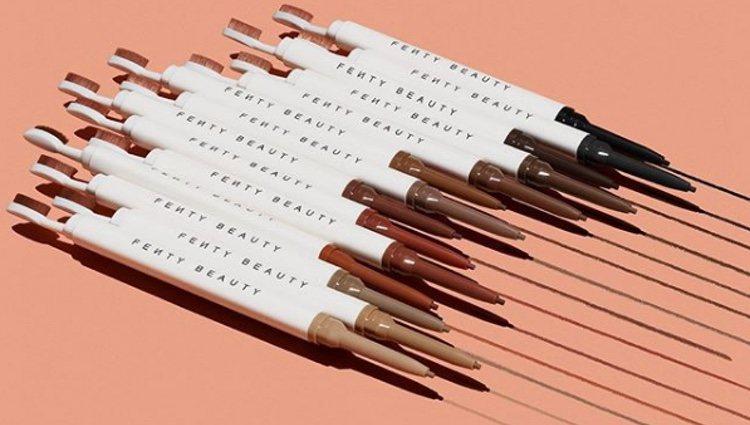 Lápices de cejas en 14 tonos diferentes y resistentes al agua