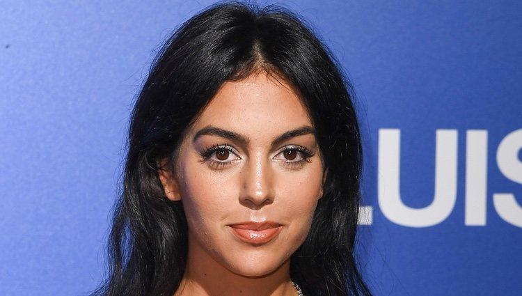 Georgina Rodríguez con un beauty look en clave natural en la Gala Unicef 2019