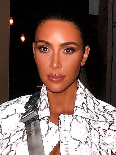 Kim Kardashian con exceso de contouring en Miami