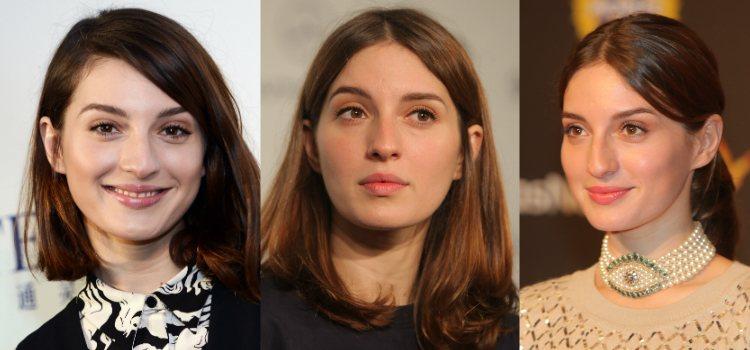 La naturalidad del maquillaje de la actriz es sobre todo notable en la elección de la base de maquillaje