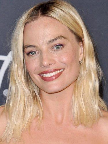 Margot Robbie con melena sin forma