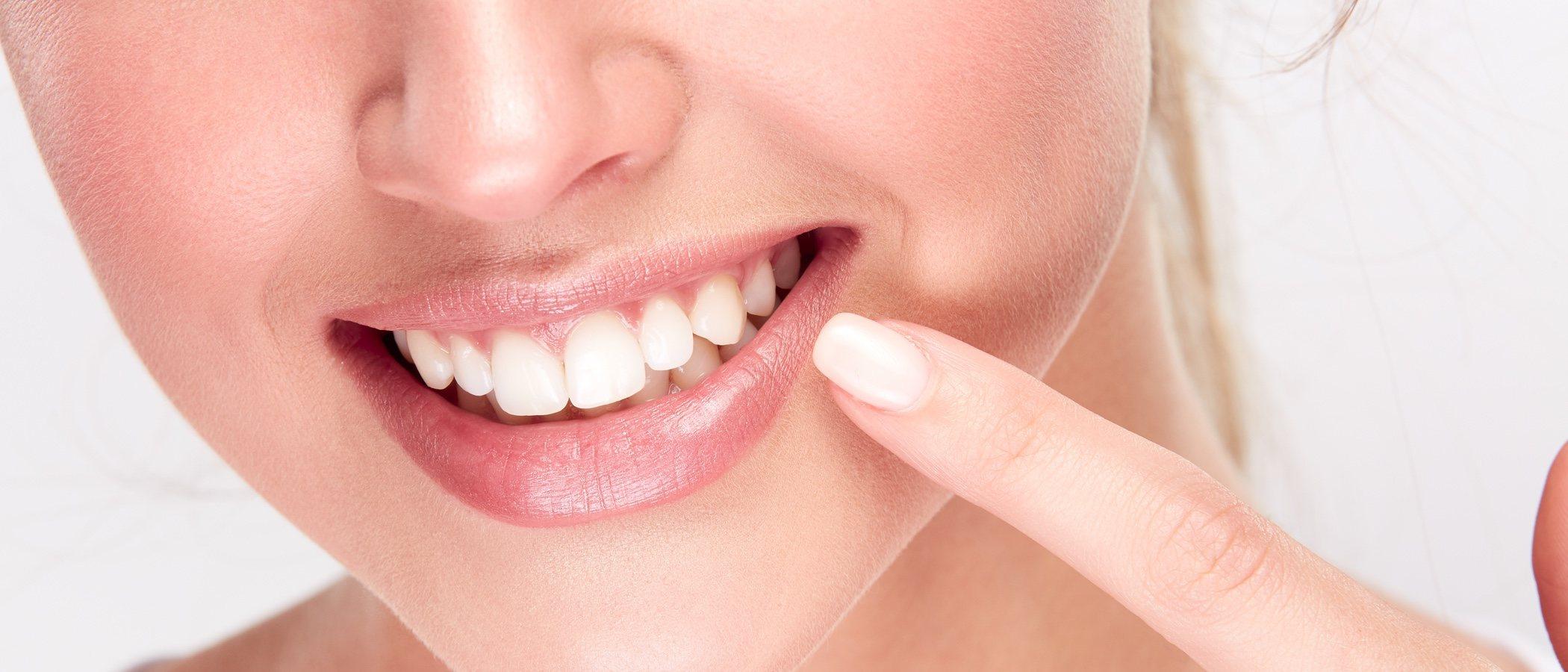 Blanquea tus dientes: devuelve el blanco a tu dentadura con unos trucos caseros