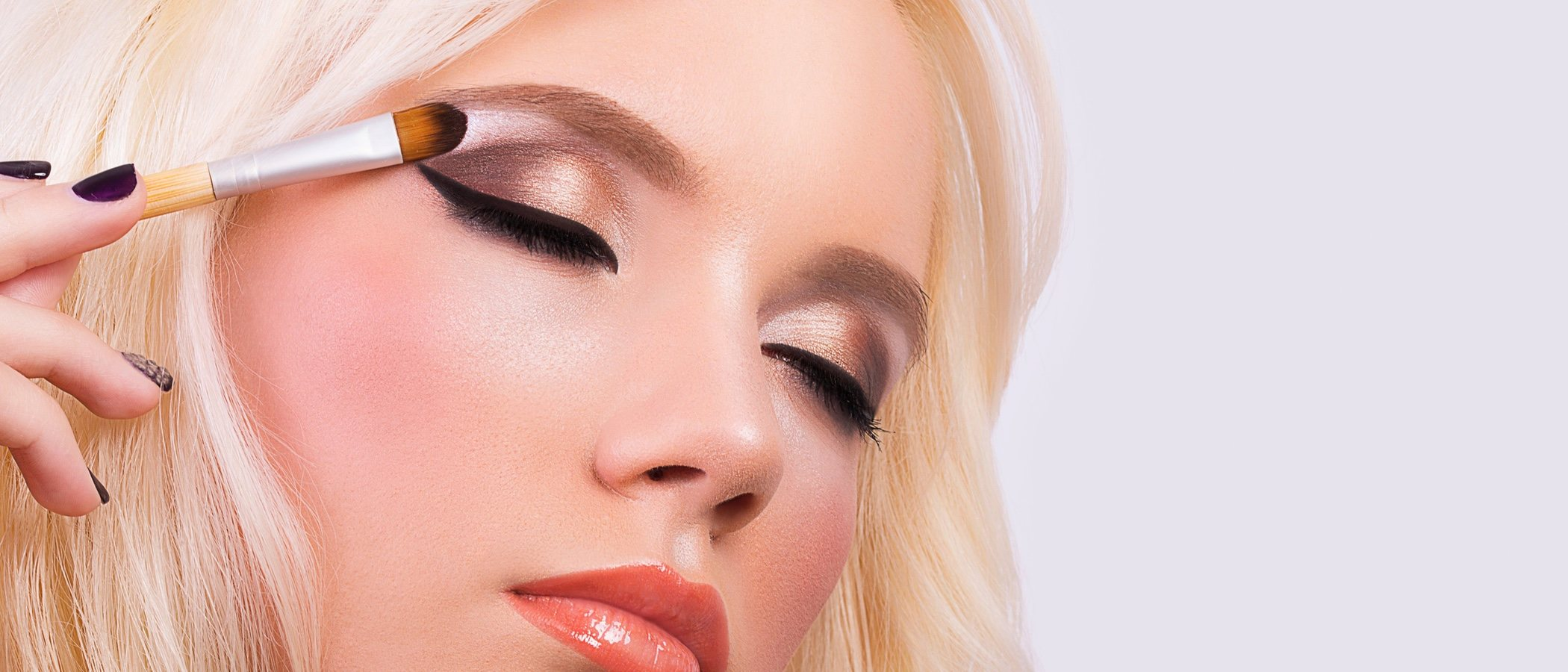 Ojos rasgados: ¿qué sombra de ojos me va mejor?