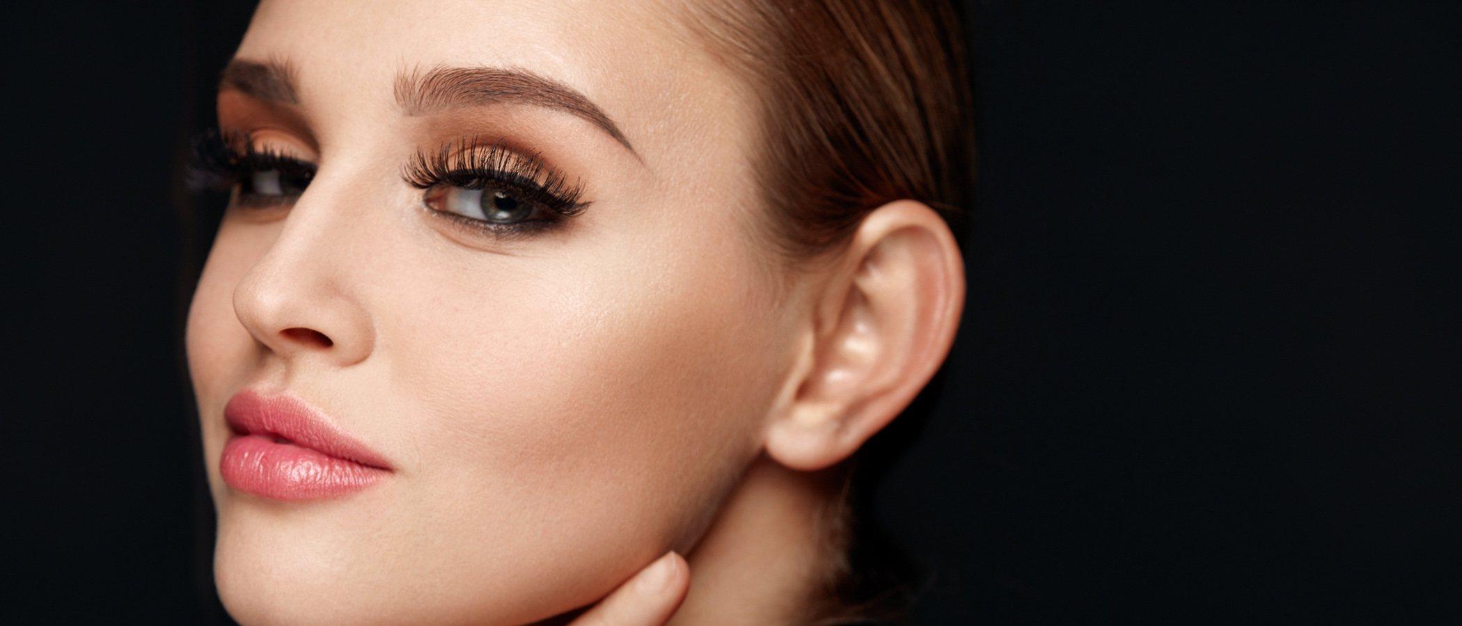 Ojos negros: ¿qué sombra de ojos me va mejor?