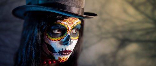 Halloween: 5 trucos para maquillar tus ojos de forma terrorífica