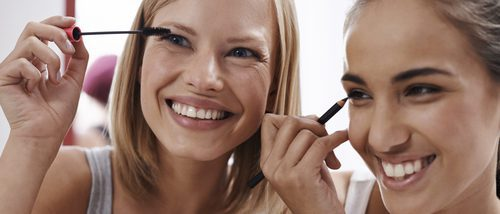 Cómo maquillarse para ir a clase si después vas a salir