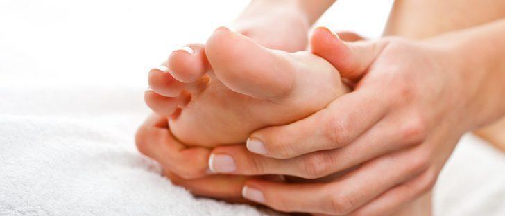 Automasaje en los pies: fácil y relajante