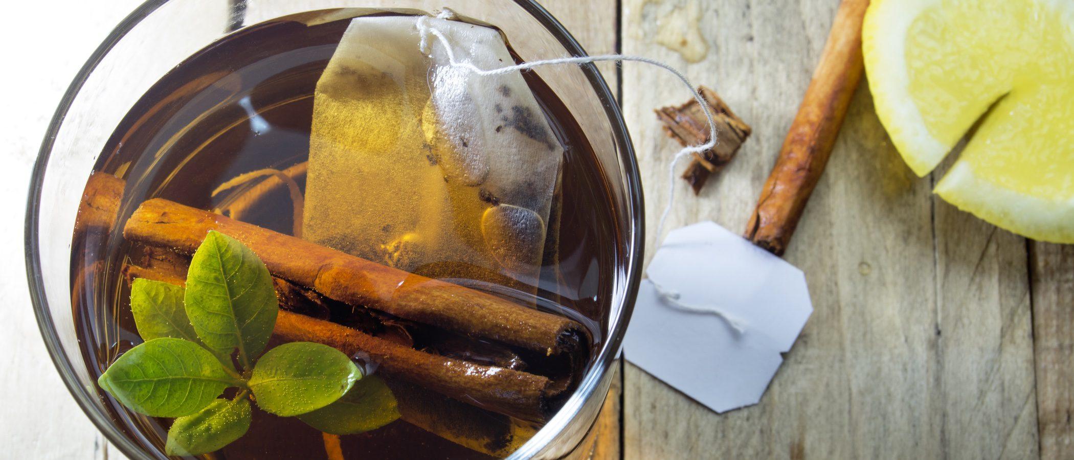 3 infusiones para evitar la retención de líquidos