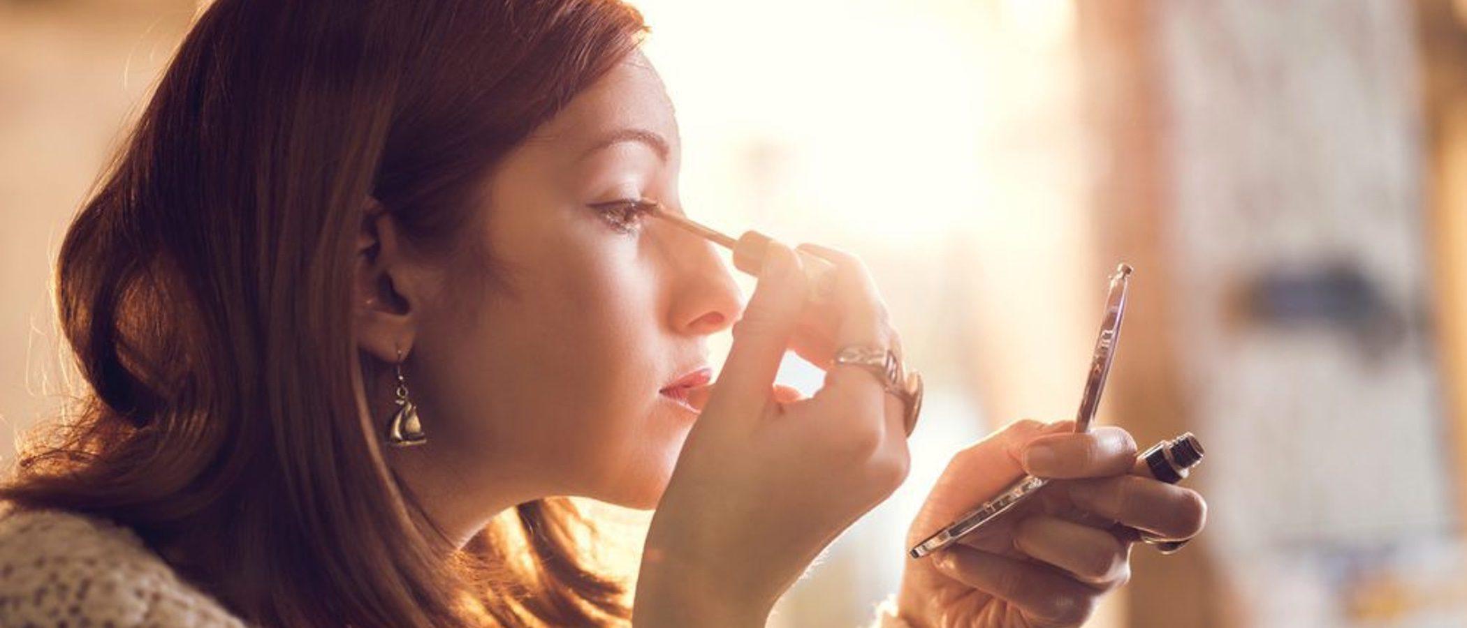 Maquillaje para disimular la resaca de Nochevieja