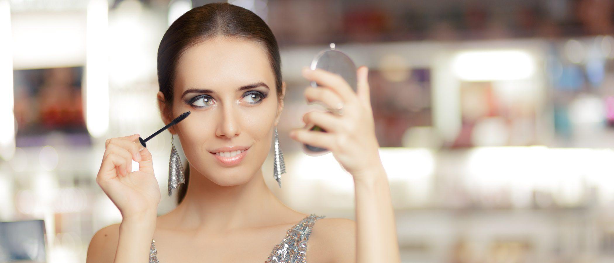 Cómo maquillarse para ir a la cena de empresa de Navidad