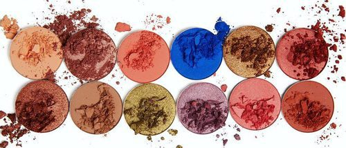 Kylie Jenner aumenta su colección de maquillaje con 'The Royal Peach Palette'